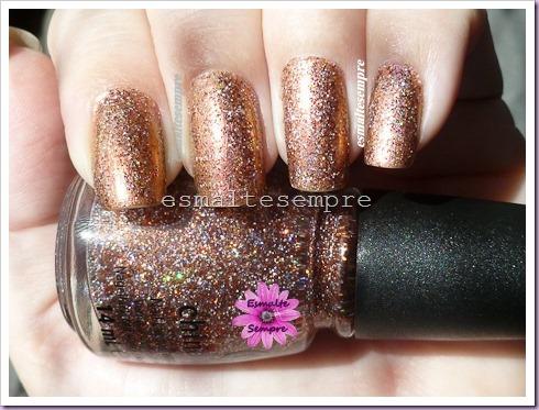 Glitter-Goblin-China-Glaze-e-Onda-de-Luz-Ludurana P1130333