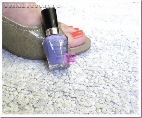 esmalte-color-block-lapogée-pés-e-vidro-on-a-trip-wetn-wild DSCN5036